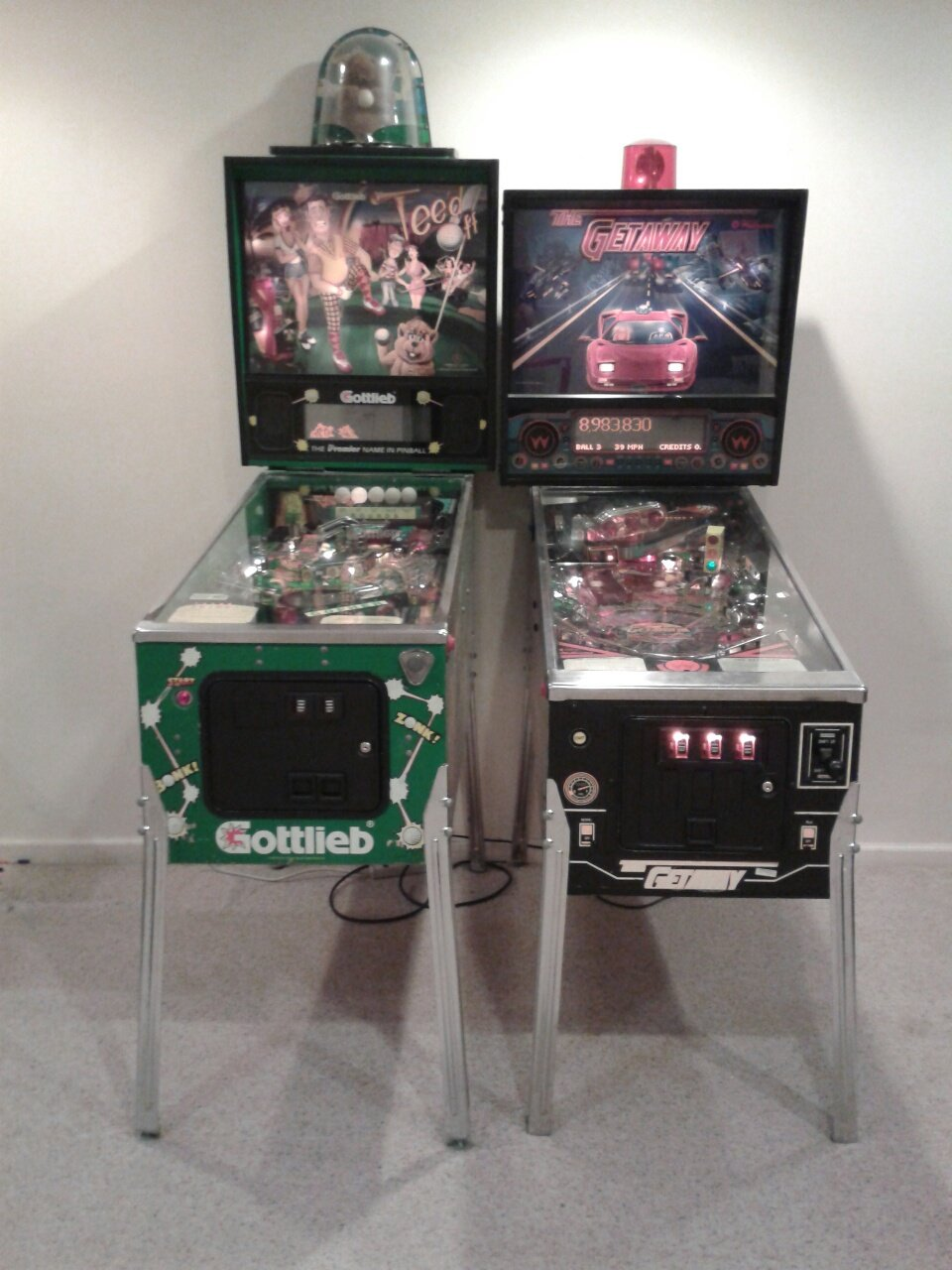 High Speed 2 and Teed Off Pinball machines.