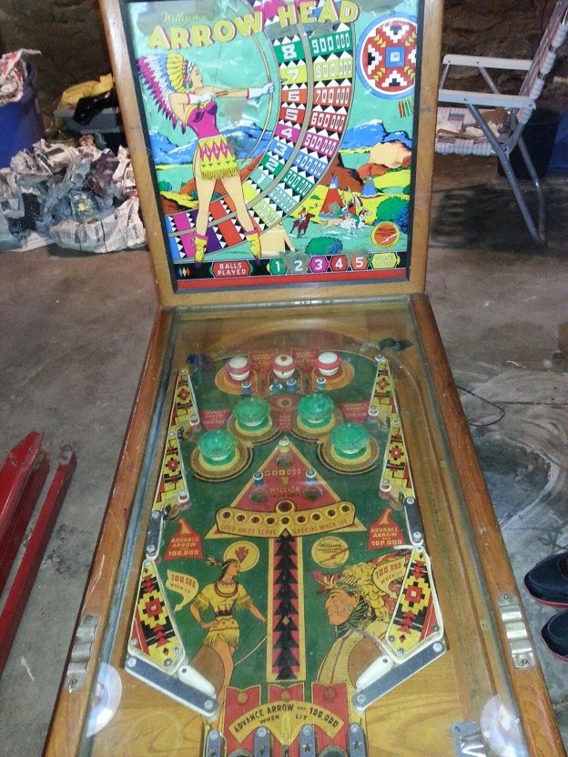 Arrow Head woodrail pinball machine for sale.