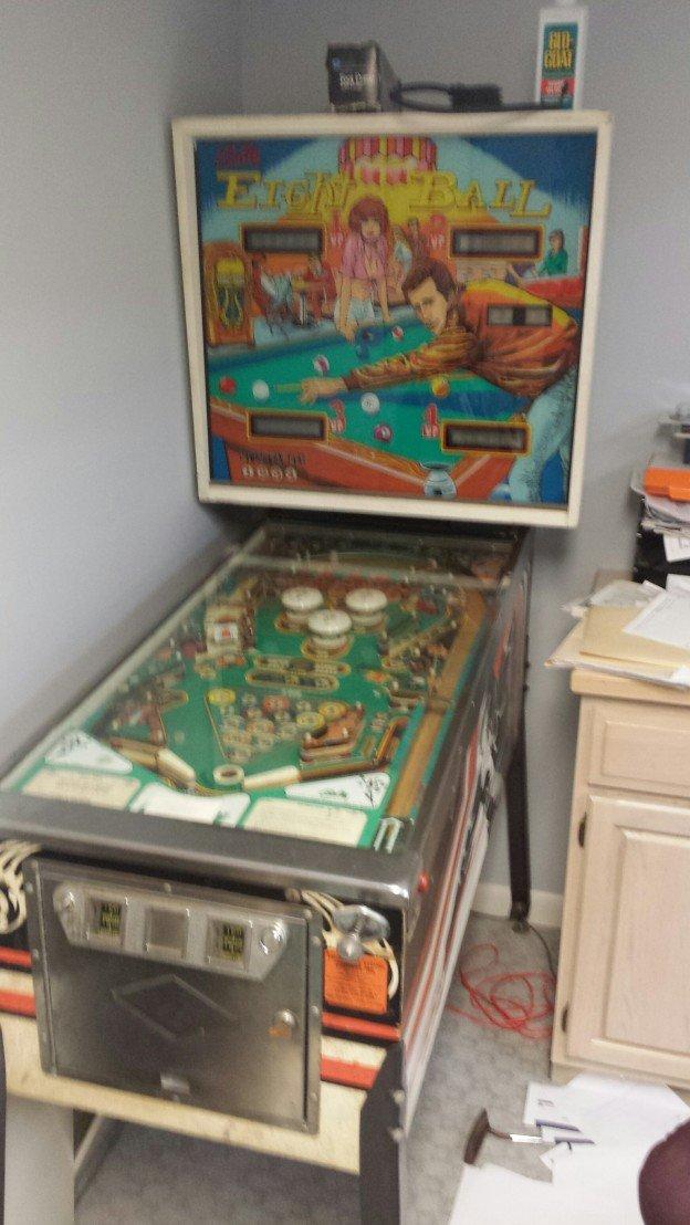 Eight Ball pinball machine for sale in Georgia.