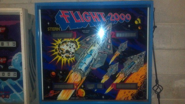 Stern's Flight 2000 pinball machine for sale.
