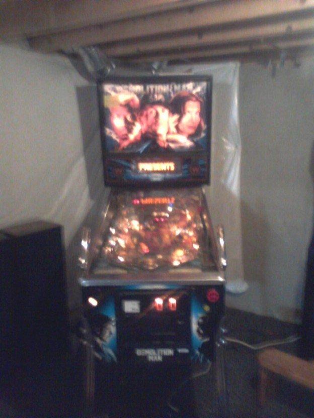full game Demolition Man pinball machine for sale in Hamburg, New York