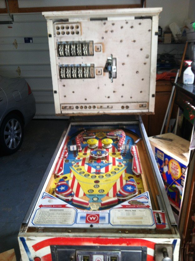 full liberty bell pinball machine with top score in the right side