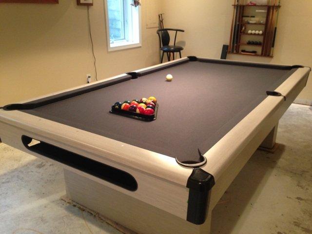 Ashcroft Brunswick Pool Table For Sale In Des Moines IA - Brunswick oak pool table