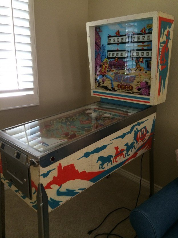 side Fast Draw pinball machine