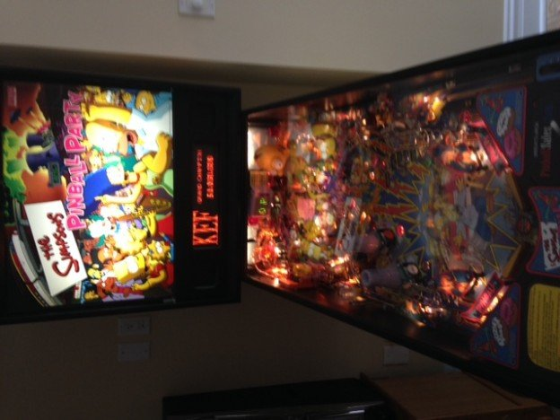 HUO STERN simpsons pinball machine for sale
