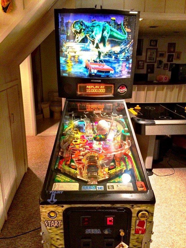 Jurassic Park Pinball Machine for sale in Livingston
