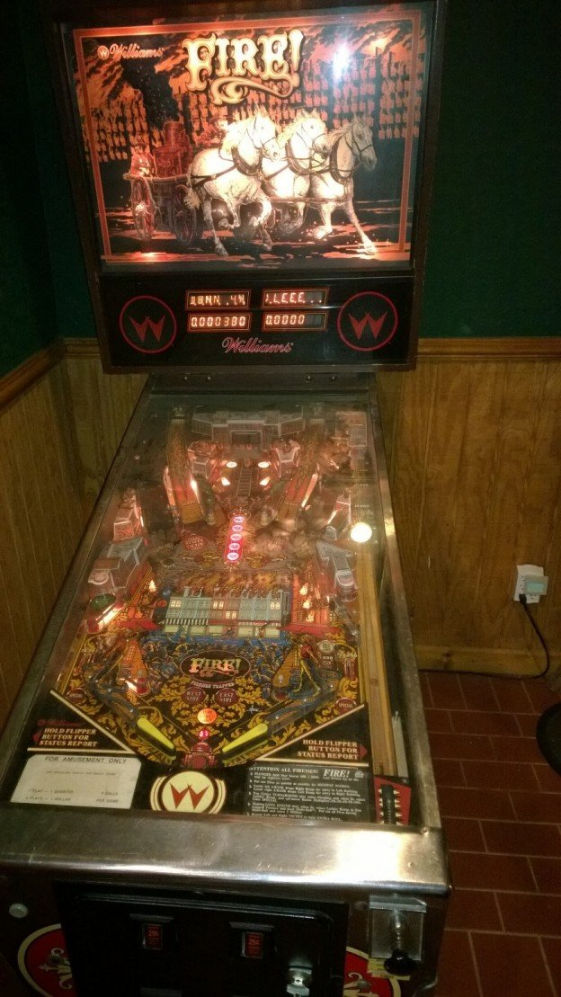 1987 williams fire pinball machine for sale in newnan ga. Black Bedroom Furniture Sets. Home Design Ideas