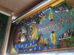 Playfield of Sky Kings pinball machine