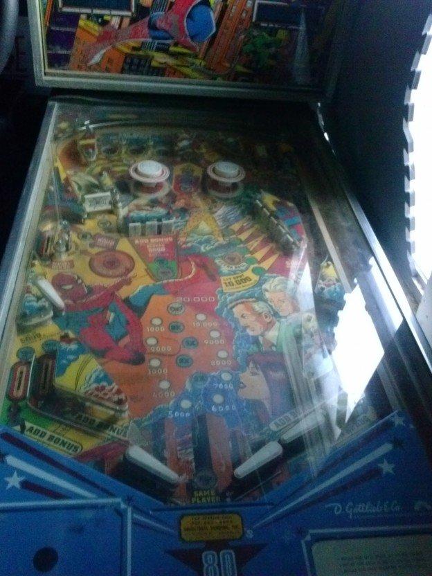 The Amazing Spiderman pinball machine