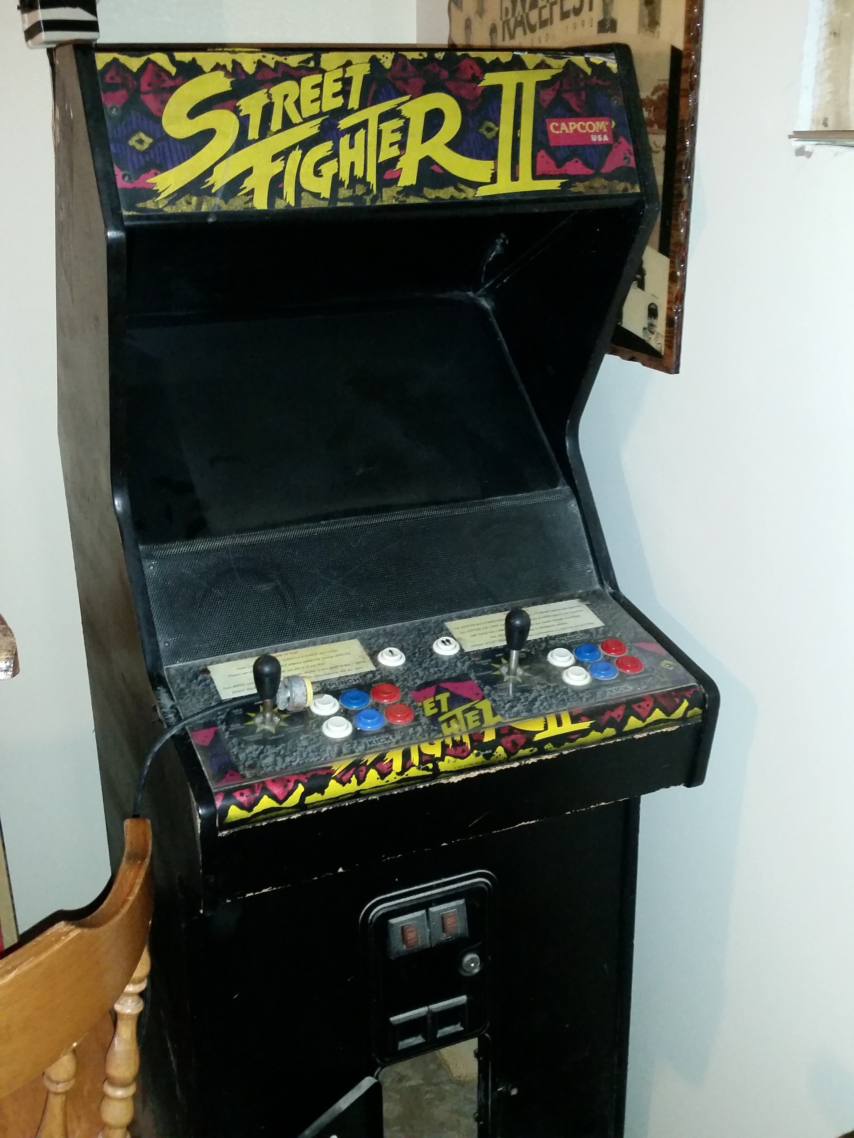 Capcom Street Fighter 2 video arcade game for sale in