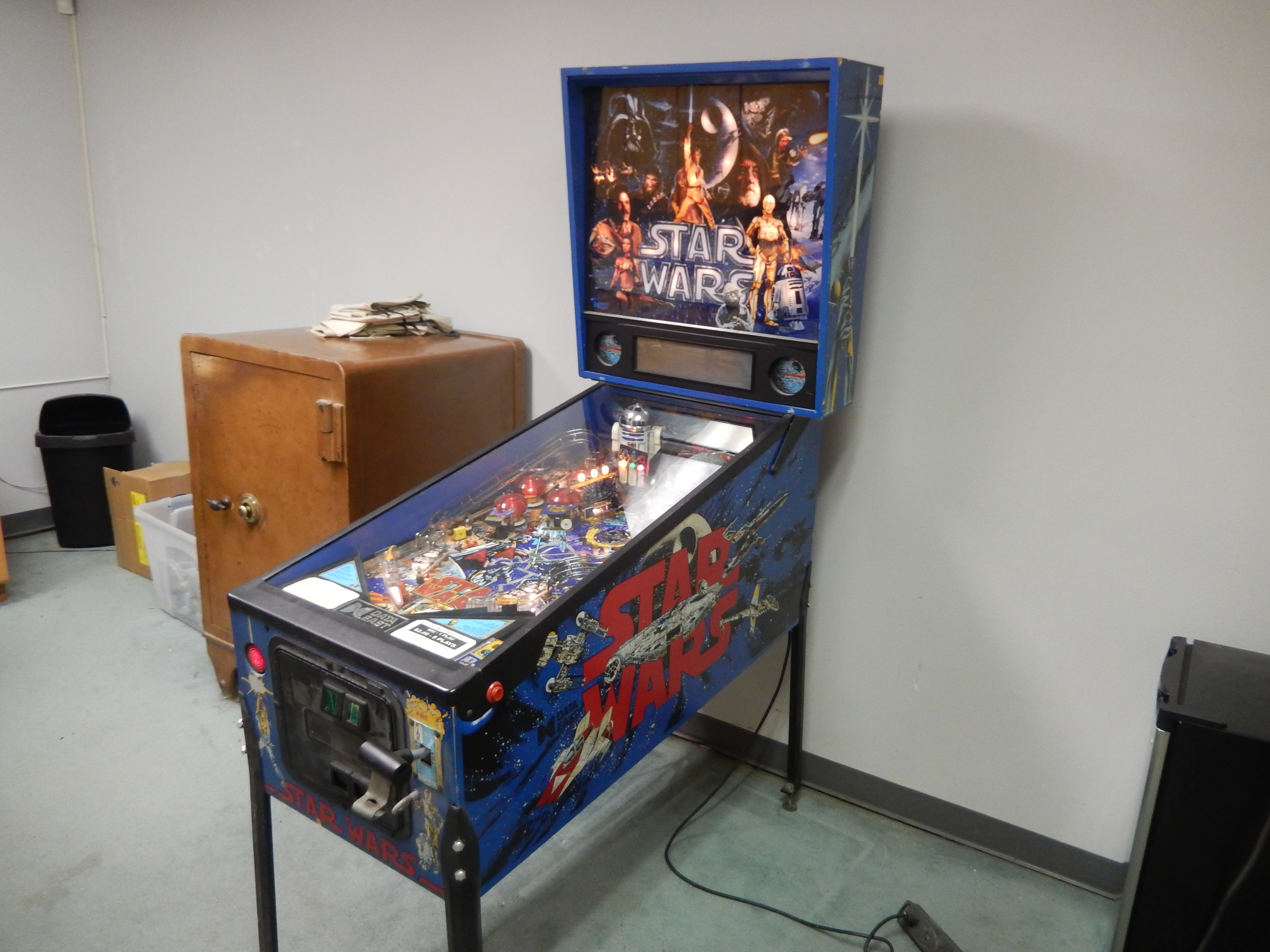 Full view DataEast Star Wars pinball machine for sale in